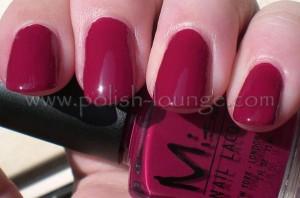 berry-nail-polish