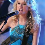Taylor Swift & Tornado Victims