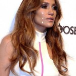 Jennifer Lopez Breaks Down Stage