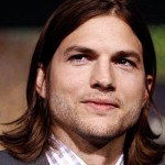 Ashton Kutcher Nightclub Three Women