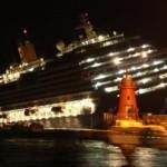 Cruise Ship Tilting