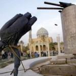 SAS Saddam Statue